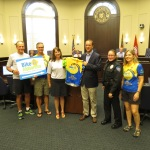 Jersey Presentation to Mayor Belle Isle